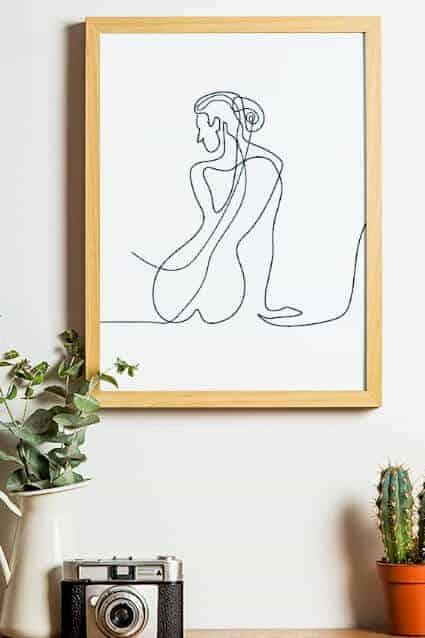 Her Honour Line Art Poster, Print