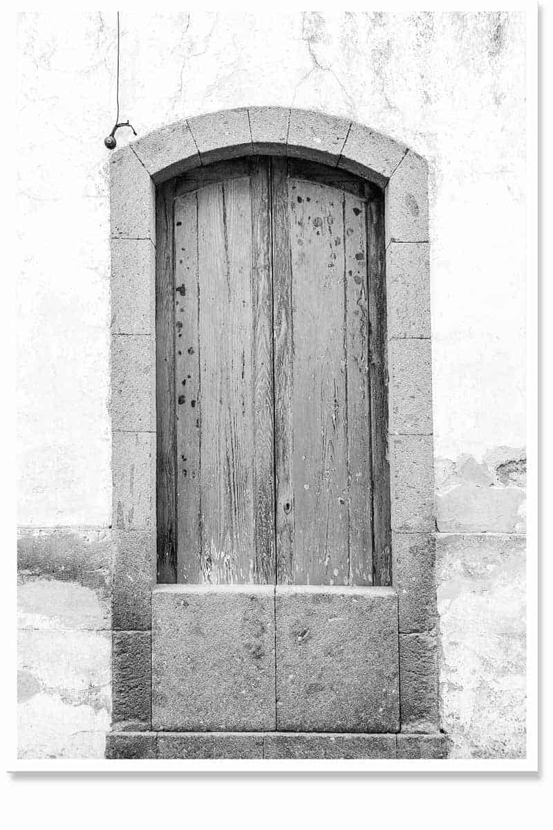 Door away